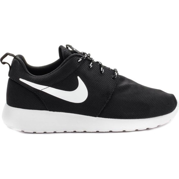 roshe runs womens black and white