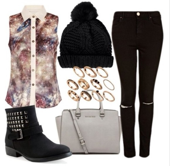 black bangles shirt galaxy skinny pants beenies