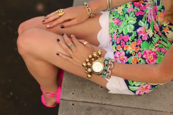 scalloped scallop dress green pink high heels floral gold blue ring watch bracelets