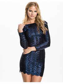 Special shoulder pad scale sequin dress, club l