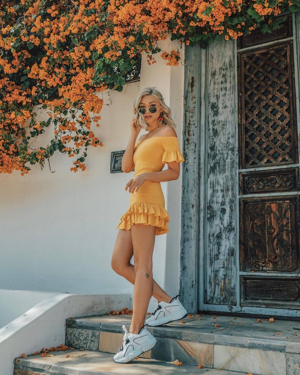 dress yellow dress short dress summer dress sneakers shoes white sneakers sunglasses