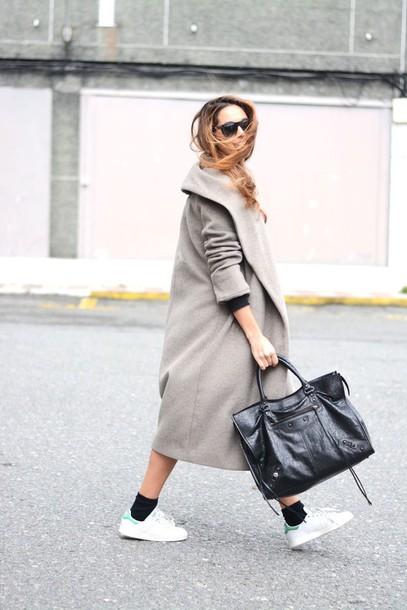 stella wants to die blogger socks boyfriend coat black bag