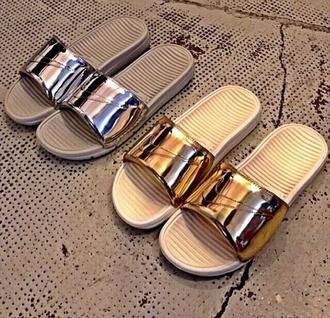 shoes nike holographic metallic shoes metallic gold silver sandals flip-flops sportswear sportswear style fashion new benassi liquid pack slides nikeslides