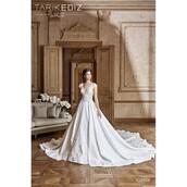dress,tarik ediz short dress,royal blue,trainers,ballet flats,flowered shorts