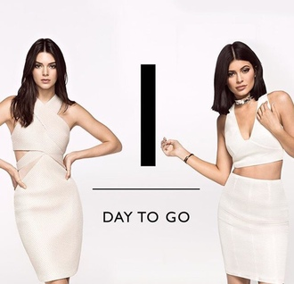 skirt top crop tops two-piece two piece dress set dress kylie jenner kendall jenner kendall and kylie jenner bodycon dress
