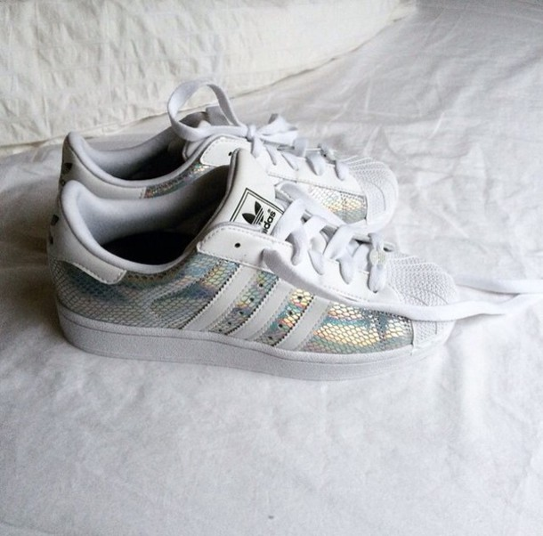 shoes stan smith adidas silver shoes adidas superstars. Black Bedroom Furniture Sets. Home Design Ideas