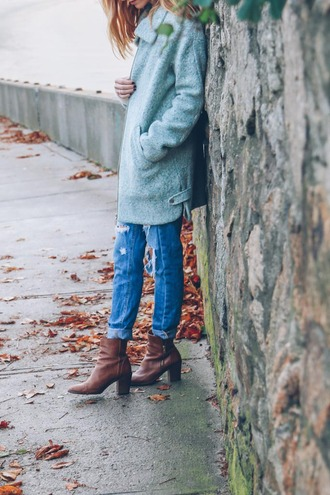 prosecco and plaid blogger coat jeans shoes sweater