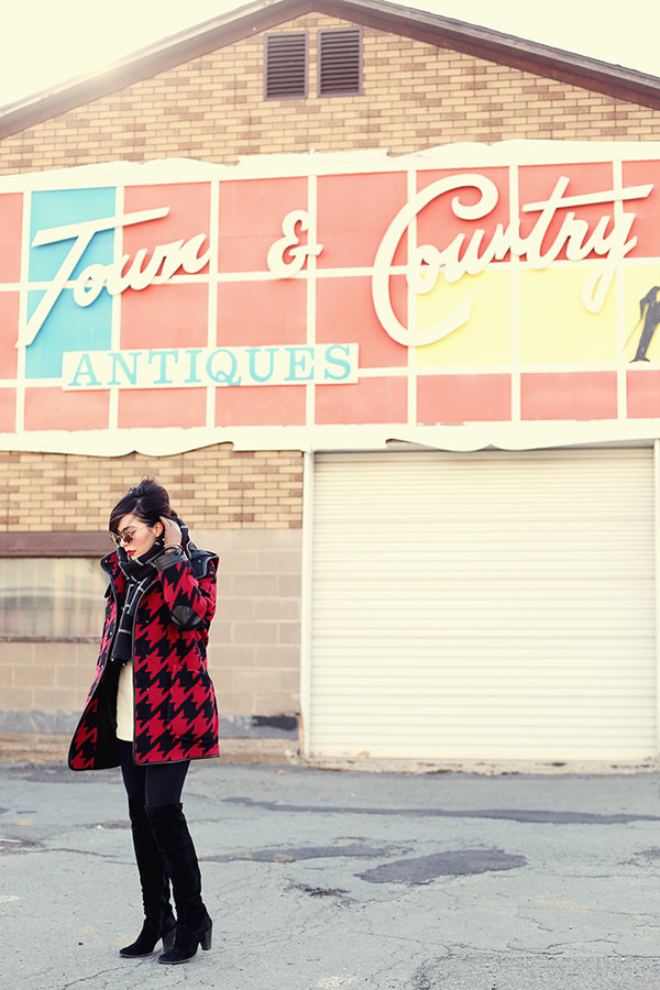 keiko lynn blogger scarf houndstooth winter coat coat shorts sweater
