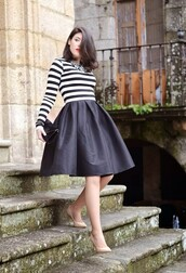 skirt,black and white striped top,black midi skirt,nude heels,blogger