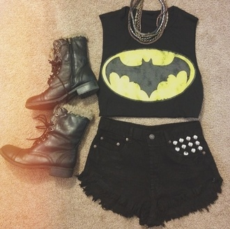 shirt batman crop tops clothes shorts black and yellow shoes grunge all black everything etsy t-shirt black yellow combat combat boots boots high top high top black boots fur blouse comics cropped