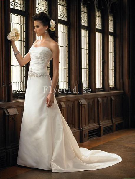 dress bröllopsklänningar brudklänning