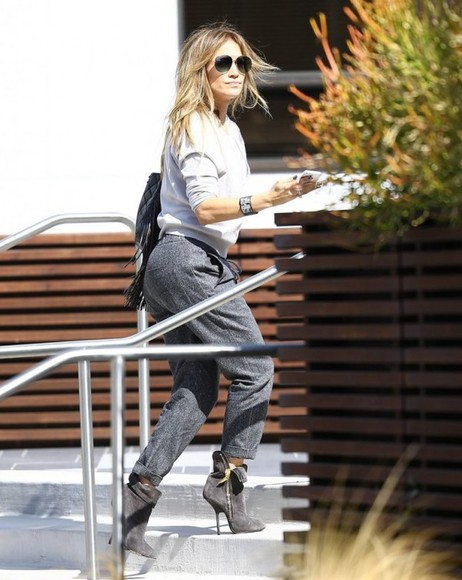 pants fall outfits top boots jennifer lopez