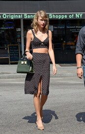 top,taylor swift,skirt,shoes