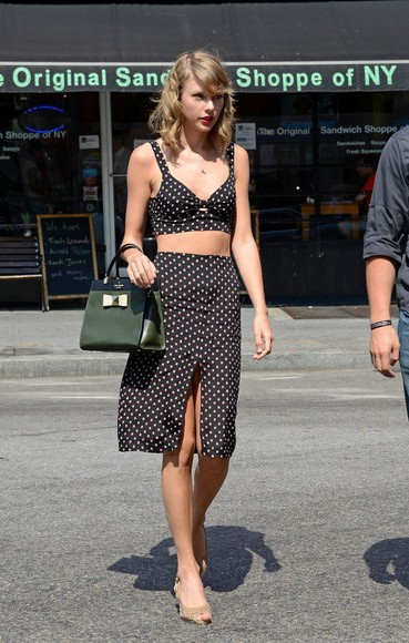 top taylor swift skirt shoes