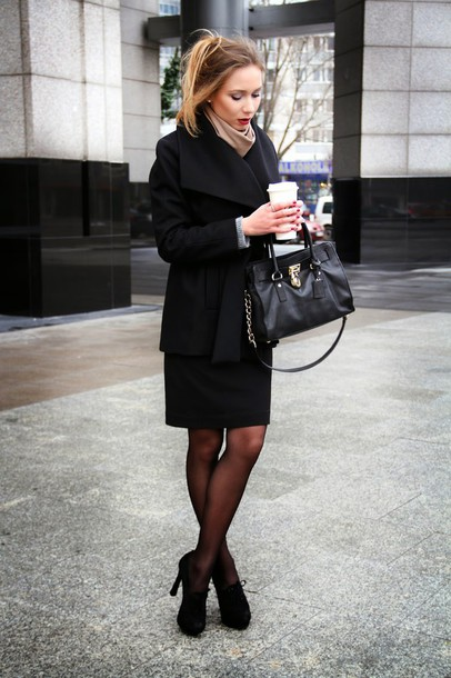 dream love shop blogger skirt purse black coat