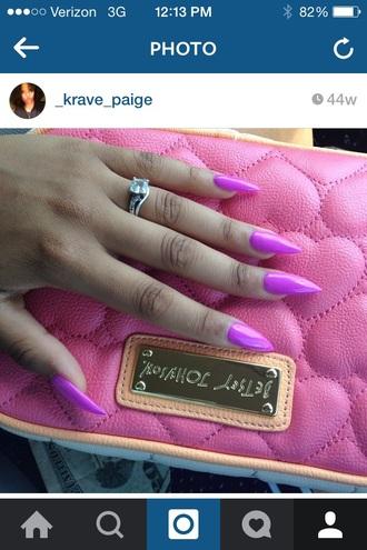 nail polish purplish pinky color