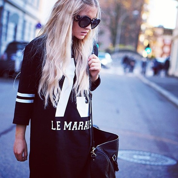 cute leggings t-shirt black girly white dress sunglasses indie dark green bag rocker sweater