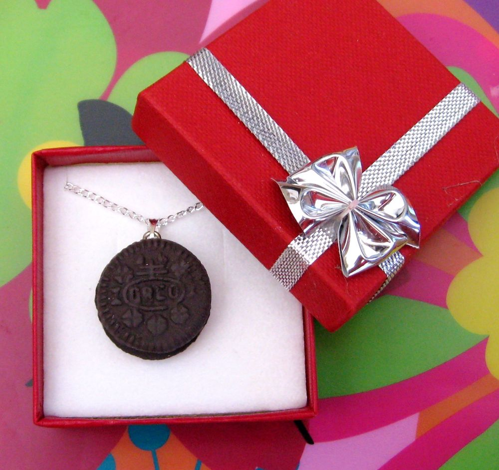 Oreo Cream Biscuit Necklace Classic Zingy White Cream Filling Christmas Gift | eBay