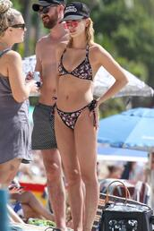 swimwear,bikini,bikini top,bikini bottoms,hailey baldwin,summer,cap,model off-duty