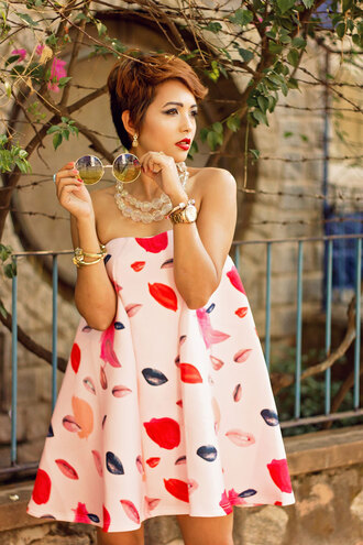 dress lips mouth flowy fashion red white cute summer strapless