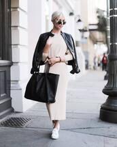 skirt,tumblr,nude skirt,maxi skirt,knitwear,knitted skirt,sweater,nude sweater,bag,black bag,tote bag,jacket,black jacket,black leather jacket,leather jacket,sunglasses,sneakers,white sneakers