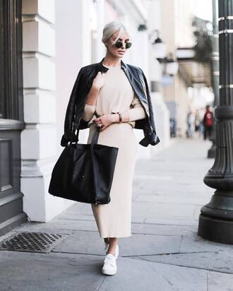 skirt tumblr nude skirt maxi skirt knitwear knitted skirt sweater nude sweater bag black bag tote bag jacket black jacket black leather jacket leather jacket sunglasses sneakers white sneakers