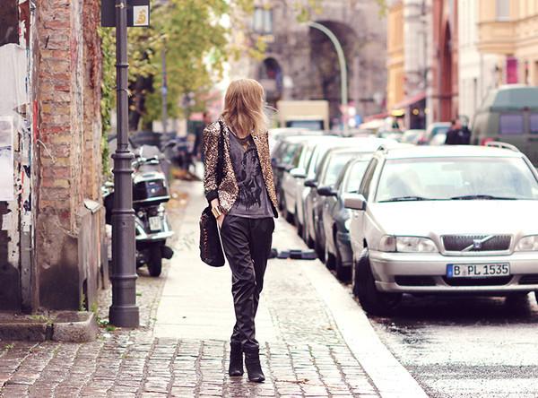 bekleidet jacket t-shirt pants bag shoes jewels
