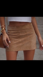 skirt,nude,beige,short,suede,mini,mini skirt,pockets,tan