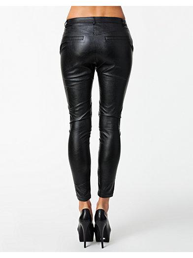Daze Pants - Sisters Point - Sort - Bukser & Shorts - Tøj - Kvinde - Nelly.com