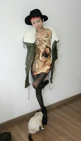 dress alice in wonderland print bodycon