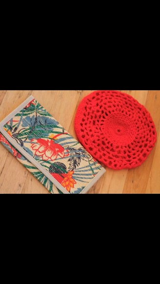 runway bag red hat purses fashion