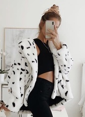 coat,black and white,fur,fur coat