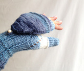 gloves,mitten,convertible,blue,navy,fingerless gloves,winter 2015,trendy,knitwear,accessories,girly,winter outfits