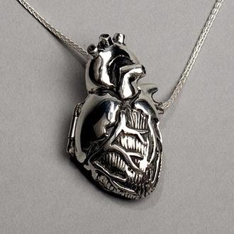 jewels necklace heart blood halloween