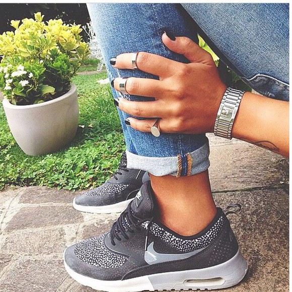 sneakers thea airmaxthea blackandgrey air max