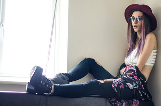 laughin in the purple rain blogger top sunglasses jeans shoes