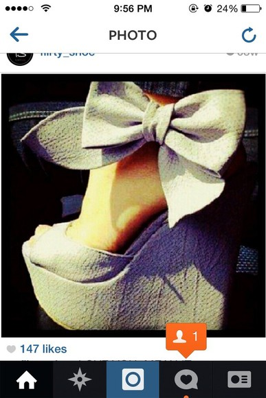 shoes cute white high heels wedges white wedges bow shoes with bow big bow women's shoes