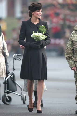 coat hat pumps kate middleton