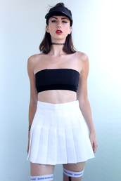 mini skirt,sports luxe,sportswear,trendy,pale grunge,minimalist,contemporary,edgy,london,american apparel,pleated skirt,high waisted skirt,streetwear,white skirt