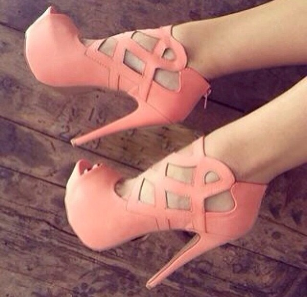 shoes pink pumps high heels high heels pink high heels cut-out heel cute high heels cut out heels baby pink high heels shorts strappy heels platform shoes peep toe peep toe heels peach shoes peach heels summer high heels spring heels peach cut-out platform shoes heels orange