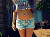 jewels,piercing,anchor,crop tops,t-shirt,tribal pattern,belly top,grey t-shirt,colorful,top,gris,t-shirt court,debardeur,swag,shirt,belly piercing,belly button ring,belly ring,grey,girl,shorts,hipster,summer,summer shorts,summer outfits,summer cute,cute,love,perfect,shortslove