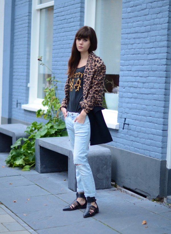 lovely by lucy coat jeans shoes t-shirt