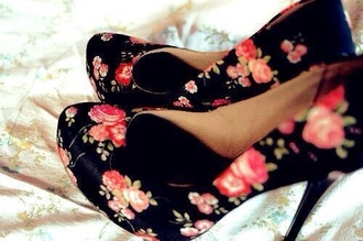 shoes floral heels floral black black high heels high heels cute high heels pink flowers red flowers open toes open-toe shoes