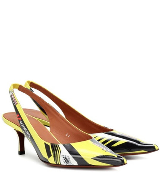 Vetements Race patent leather slingback pumps in yellow