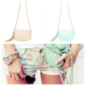 shorts,flowered shorts,pastel short,pastel,flowers,floral,mint,peach,baby pink,summer,bag