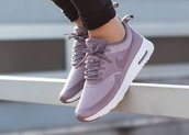 shoes,lilac,purple shoes,nike shoes,nike sneakers,running shoes,lavender,purple,low top sneakers