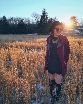 gracefullee made blogger black dress burgundy coat jewels felt hat black boots black sunglasses