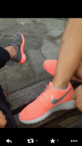 shoes coral nike roshe run bright