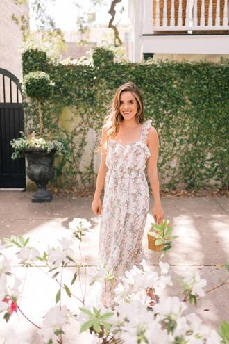 gal meets glam blogger dress jewels floral maxi dress maxi dress spring outfits