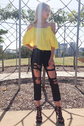 jeans,ripped jeans,yellow,ruffle,off the shoulder top,shopfashionavenue,blouse